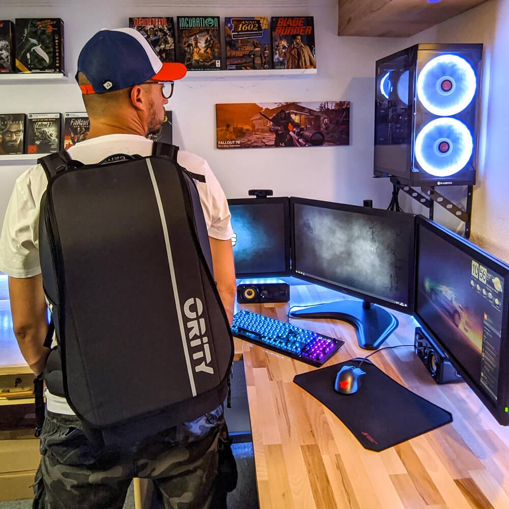 Gaming Rucksack Ority One auf dem Rücken