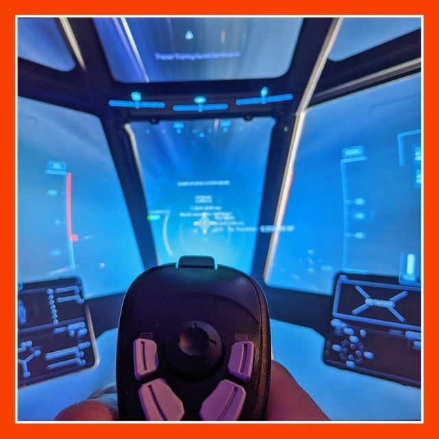 Guten Morgen Freunde! Wünsche euch einen schönen Wochenstart 🤗 ▫️ Was habt ihr so getrieben und gezockt am Wochenende? Also bei mir war Star Citizen angesagt und ich bin endlich mit dem Game auf einer Wellenlänge 😏 ▫️ ▫️ #starcitizen #cockpit #joystick #spacegame #cloudimperiumgames #robertspaceindustries #pilot #gamer  #germangamer #goodmorning #monday